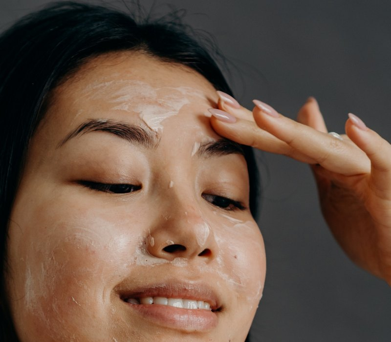 Does Exfoliating Help with Acne Scars