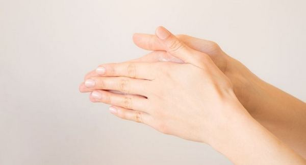 How to Get Nail Glue Off Skin